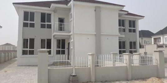 Cromwell Court Estate – 4 Bedroom Duplex