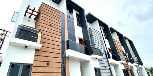 Stylish 4 Bedroom Terrace Duplex