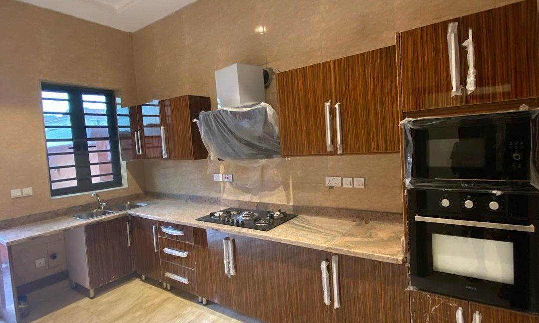 property_showroom_3___B_dXc7Bn6NO___