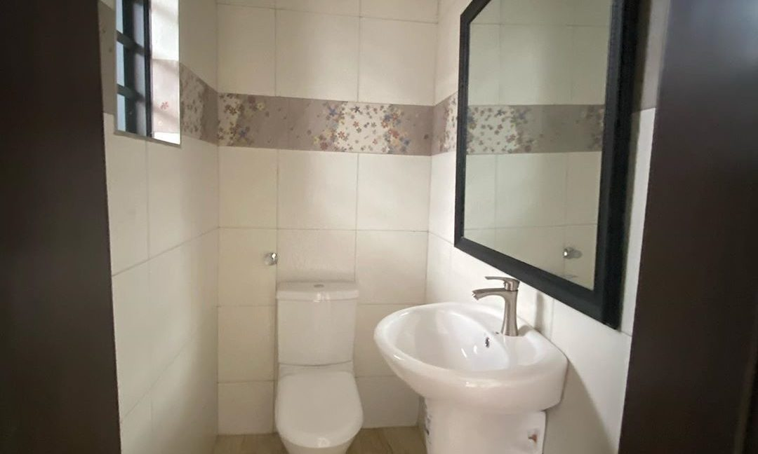 property_showroom_4___B_dXc7Bn6NO___