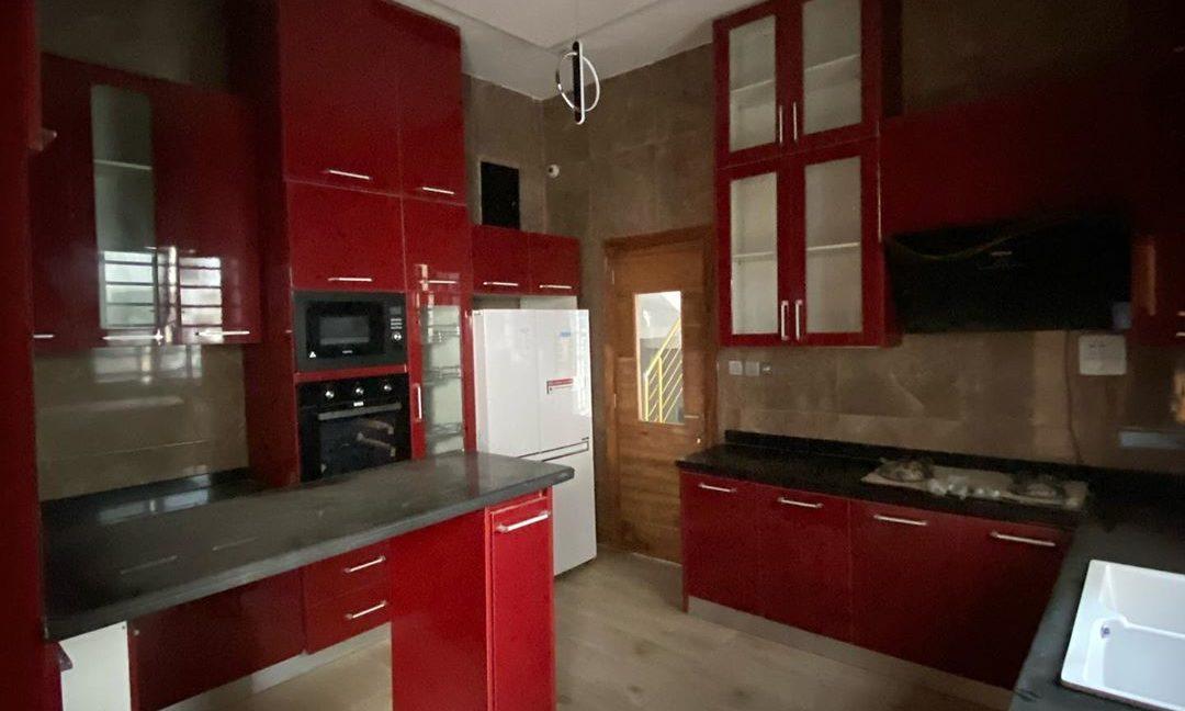 property_showroom_7___B_pprucnF1k___