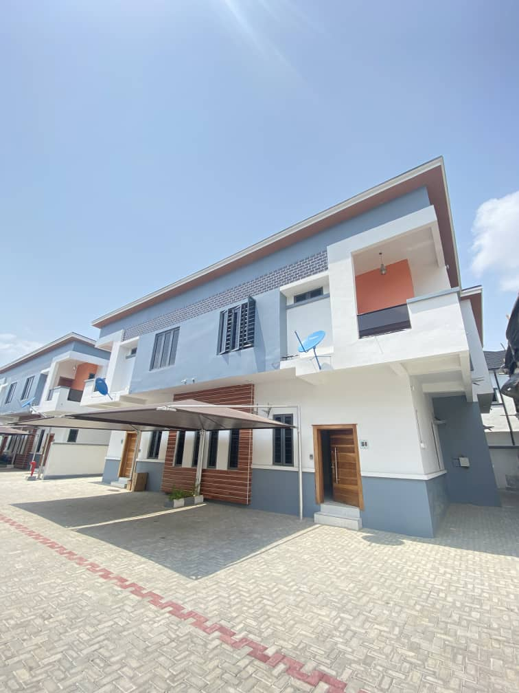 WELL FINISHED 4 BEDROOM DUPLEX